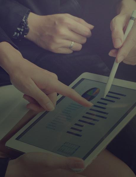 Procuring Valuable Data